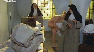 Eleanor je Georgie - storia di Une монака di-затворниц
